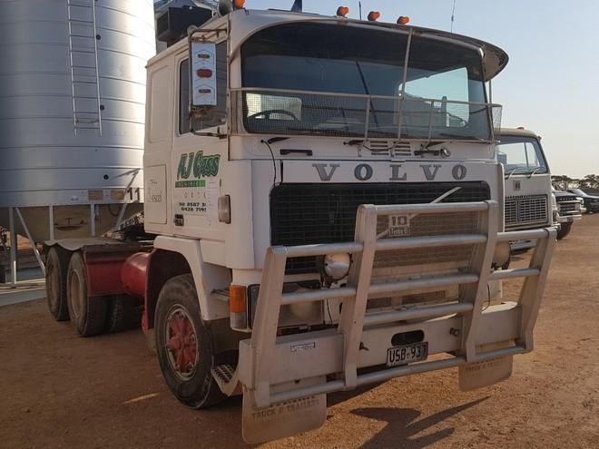 Volvo F10 Prime Mover