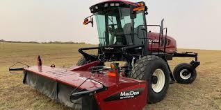 WANTED MacDon Self Propelled Swather with 16ft cutter
