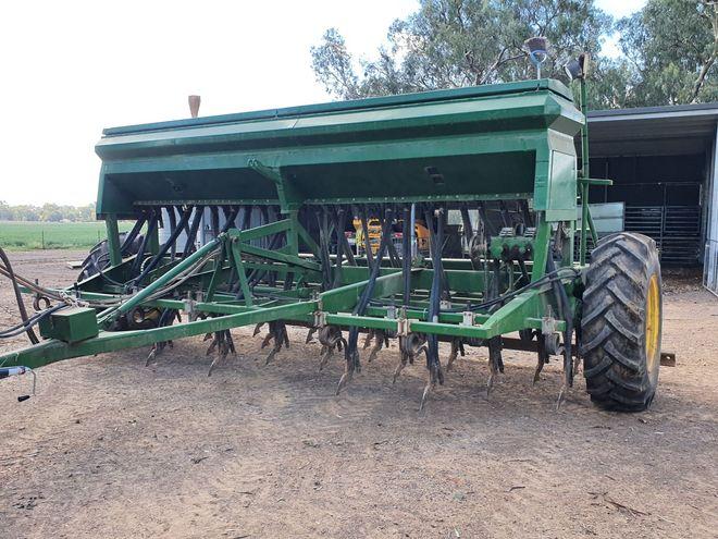 John Deere Direct Drill Seeder
