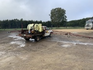 Hardi 12 m Ute mounted boomspray