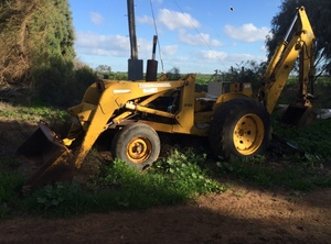 John Deere 400 Backhoe with Front end Loader