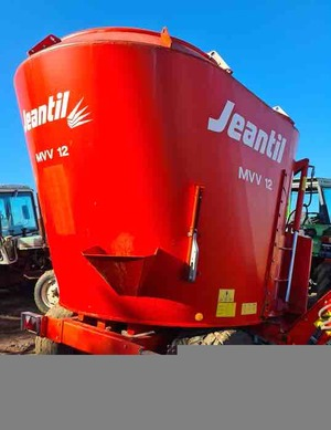 Under Auction - (A137) - Jeantil 12MMV Mixer Wagon - 2% + GST Buyers Premium On All Lots