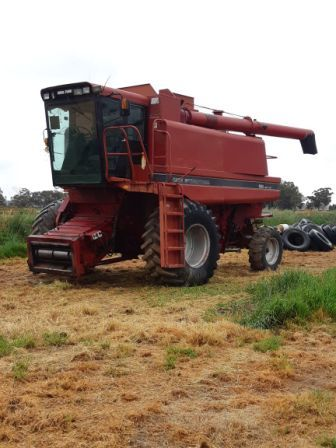 Case IH 1688 HEADER and Front