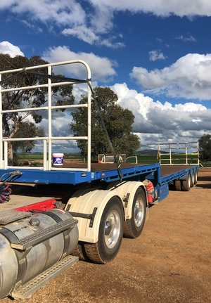 2004 Vawdrey 45ft Drop Deck Hay Trailer