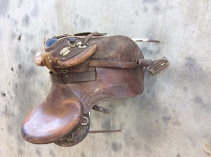 Under Auction - (A131) - Syd Hill Stock Saddle - 2% + GST Buyers Premium On All Lots