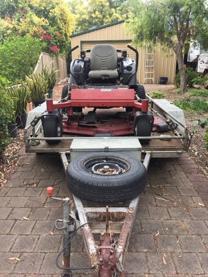 Toro Groundsmaster Ride On Mower and trailer