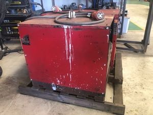 Lincoln DC600 Welder