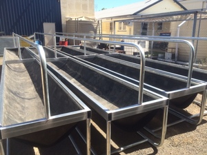 8m Cattle Feeders