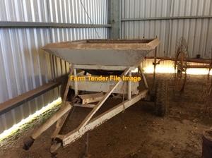 WANTED Trailing Fertilizer Spreader approx. 2 tonne