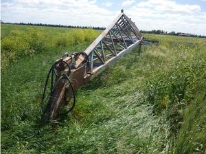 Farmor Land Plane 80' x 14'