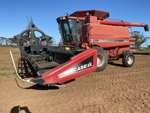 2000 Case 2388 Header with 2009 2142 30' Draper Front