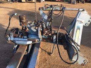 3PL Linklevel Blade. With electric over Hyd tilt, side shift.