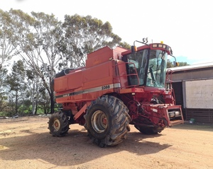 2000 Case IH 2388 Header with 30ft Front & Trailer