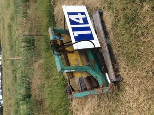 Under Auction - (A129) - Bale Grab and Soft Grab - 2% + GST Buyers Premium On All Lots