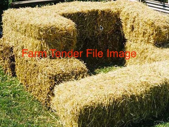 Pea Straw in 5x4 Rounds