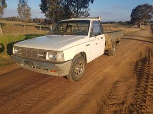 1985 Mazada Diesel Ute
