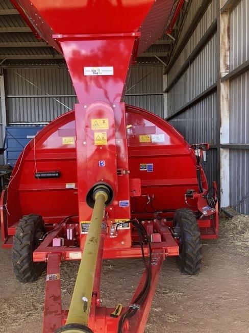 New Akron Grain Bag Inloader