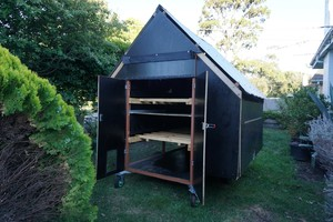 Moveable / Portable Chicken Cage / Coop