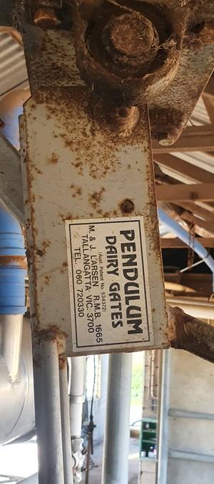 Pendulum Exit gates