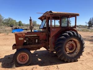 McCormick International  624 Tractor