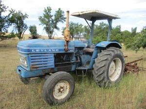 Leyland 255 Tractor