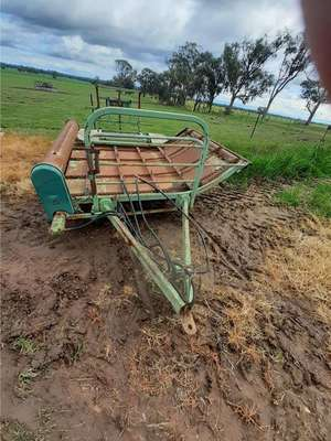 Under Auction - (A140) - Bale Feeding Cart - 2% + GST Buyers Premium On All Lots