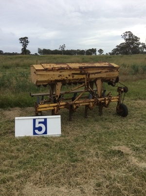 Under Auction - (A129) - Connor Shea 14 run 3PL Series Drill - 2% + GST Buyers Premium On All Lots