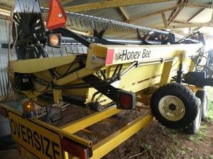 36ft Honeybee Draper Front With Trailer