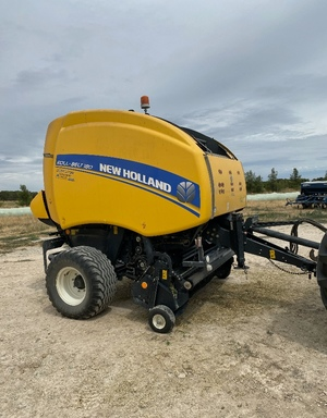 2017 New Holland RB180 Round Baler with Knives