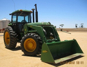 WANTED John Deere 4055 / 4255 / 4455