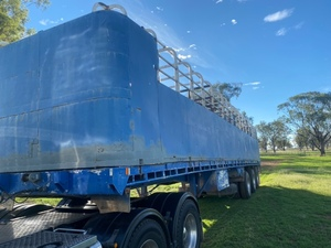 1980 O'Phee Tri Axle 43ft Single Deck Stock Crate