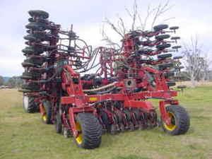 2010 Daybreak Disc Seeder or Air Cart