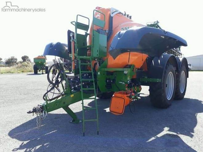 Amazone UX 11200 Trailer Sprayer, 0.99% FINANCE, Factory Warranty, Priced to clear at 40% off RRP!!! Freight options AU Wide