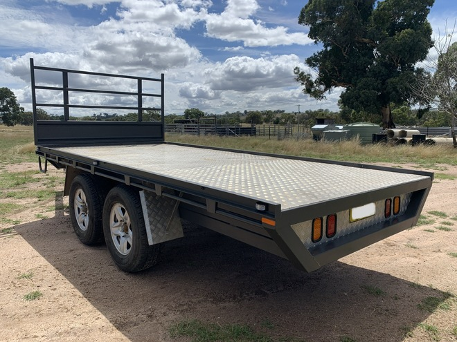 2019 Hunter Trailers Flat Top 15'x7 Trailer with removable Sheep Crate