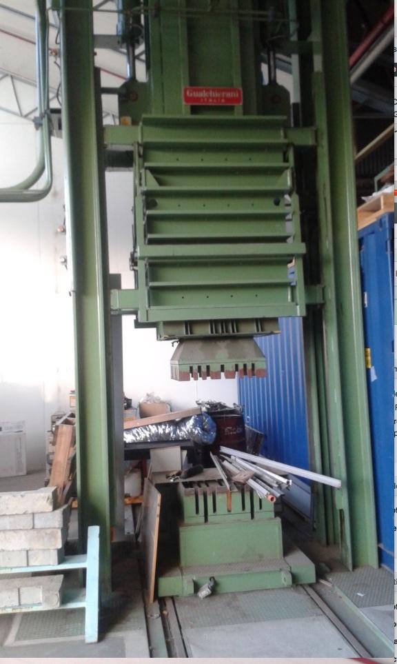 Gaulchierani Italia 300 m/t Wool Press  Heavy Duty Press Anything Twin Ram