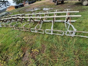 Dairy Stall Gates & Rams + Pendulum Gates