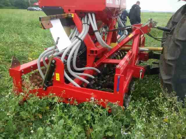New 3m Moore Unidrill Direct disc air seed drill (ideal Pasture drill, 3.5inch spacings)