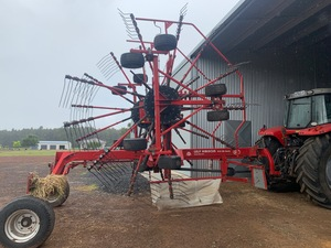 Lely Hibiscus Twin Rotor Hay Rake