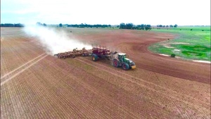 Seeding contracting /sharefarming