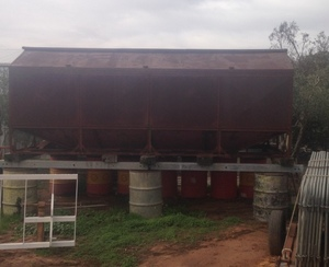 Under Auction - (A140) - Grain Bin - 2% + GST Buyers Premium On All Lots