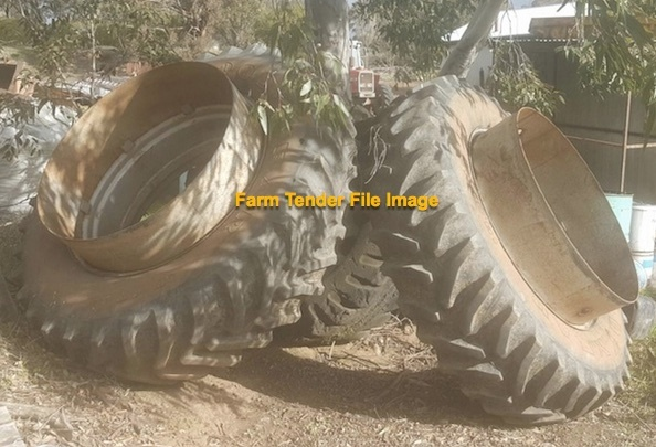Clip on Duals wanted for 96mm Johe Deere Axle