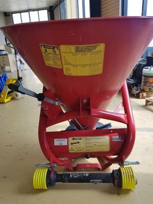3 Point Linkage Spreader/Seeder (NEW) Built in Italy