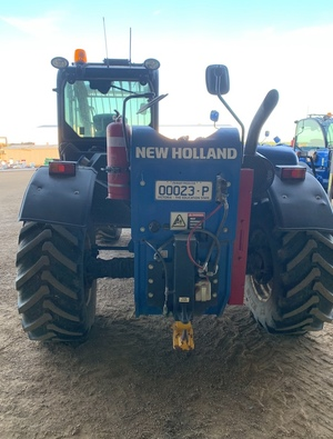 New Holland 742 Telehandler - with Hay Forks