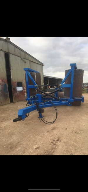 KINNEAR FOLD UP STEEL ROLLERS