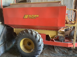 John Shearer 52ft Bar with Alfarm Airseeder