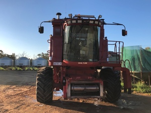 Under Auction - (A140) - 2004 Case IH 2388 Header with 36ft Draper Front - 2% + GST Buyers Premium On All Lots