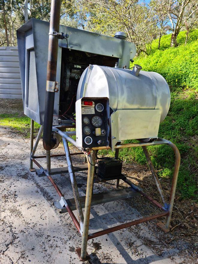 PERKINS 4 CYLINDER TURBO DIESEL ENGINE - STAND ALONE