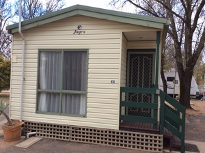 Under Auction - Cabin 43 - Fully Self Contained - Auction on now, ends 19/10/19 at 11 am - 2% + GST Buyers Premium On All Lots