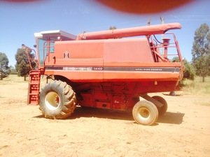 CASE IH 1440 Header / Harvester For Sale