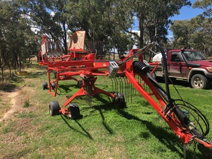 Under Auction - (A137) - Kuhn GA7932 Rotary Rake - 2% + GST Buyers Premium On All Lots